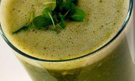 Superfood Smoothie Recept met spinazie, appel en kokosolie