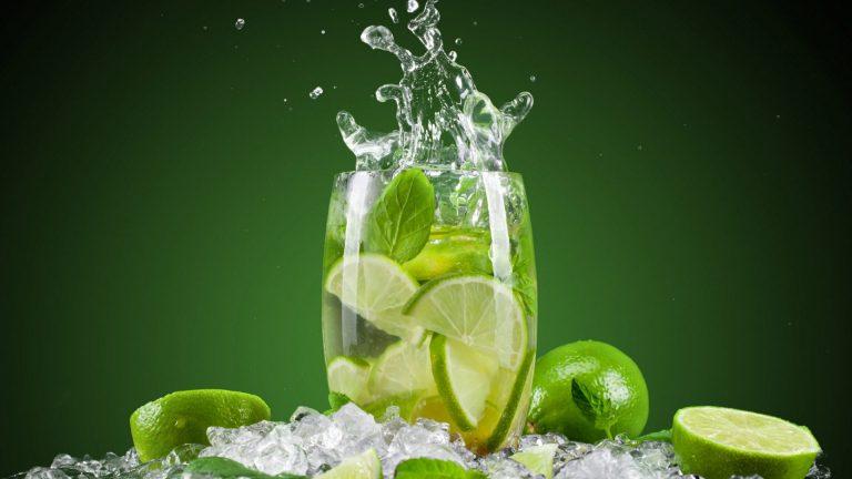 detox water lemon