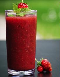 Recept voor aardbeien smoothie met acai bessen
