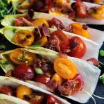 Recept voor met spek en tomaat gevuld witlofblad