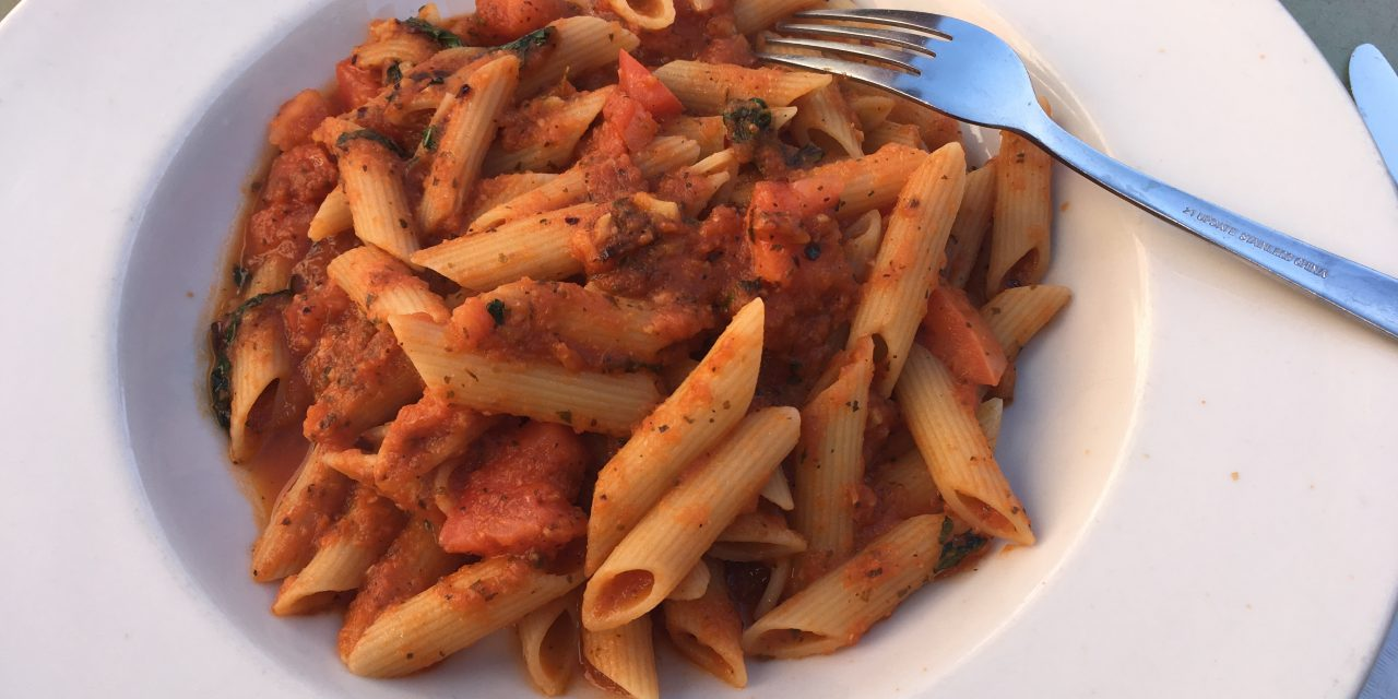 Pasta met geroosterde tomatensaus